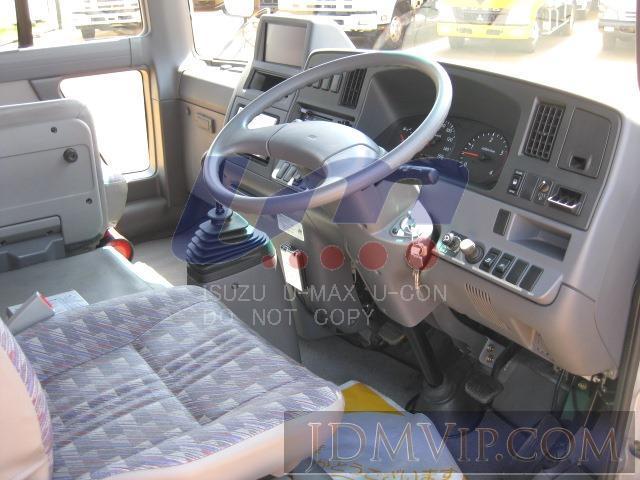 2006 NISSAN UMAX_NIS  AHW41 - 148894 - UMAX
